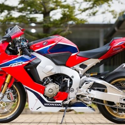 2017 CBR1000RR fireblade red gloss blue white