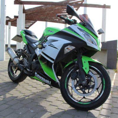 2012+ ninja300 green special edition